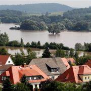 Die Stadt Ostritz bei Görlitz. Acht Jahre nach dem Jahrhunderthochwasser von 2002 ist Sachsen am Wochenende erneut von einer Flutkatastrophe heimgesucht worden. Nach schweren Regenfällen mit Rekordmengen bis zu 160 Liter pro Quadratmeter und dem Bruch ein