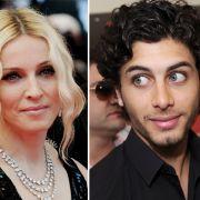 Schon Ex-Ehemann Guy Ritchie (41) war 11 Jahre jünger als Madonna (52).