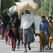 Das ohnehin arme Pakistan blickt jetzt in eine ungewisse Zukunft. Der Wiederaufbau nach der Flutkatastrophe wird Jahrzehnte dauern, schätzen Experten.