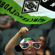Blick durch die rosarote Brille: Gladbach-Fan.