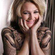 Die Promis stürzten sich gleich auf die neue Chance, Akzente zu setzen. Drew Barrymore hatte Jade schon im September, beim Filmfestival in Toronto.