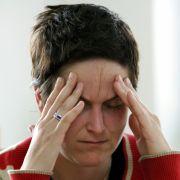 Mehr als acht Millionen Deutsche leiden an Migräne, zwei Drittel davon sind Frauen. Die Volkskrankheit lässt sich nicht heilen, ist aber gut zu behandeln  wenn die Therapie stimmt.