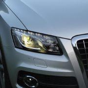 Kundenansprüche wie Metallic-Lack, Xenonlicht, beheizbare Ledersitze und ein Navigationssystem sind in der Liga der edlen Mittelklasse-SUV längst selbstverständlich, nicht jedoch bei Audi.