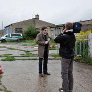 Schon kurz nach dem Fund drehte ein Fernseh-Team am Tatort.