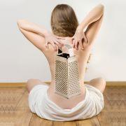 Haut zeigen - für Betroffene mit Reibeisenhaut (Keratosis pilaris) ein schwer überwindbarer Wunsch. Statt samtweich fühlen sich Arme und Beine wie Sandpapier an.