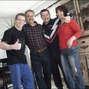 Das Erfolgsunternehmen Hambüchen aus Wetzlar auf einem Bild (v.l.n.r.): Fabian Hambüchen, Vater Wolfgang, Bruder Christian und Mutter Beate.