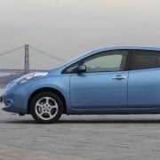Seitlich gesehen könnte der fast viereinhalb Meter lange Nissan Leaf auch ein Modell vom Kooperationspartner Renault sein.