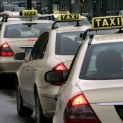 Taxi, Taxi: Sitzen wirklich so viele Geisteswissenschaftler hinterm Lenkrad?