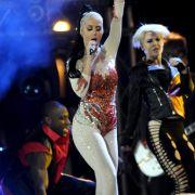 Katy Perry beim Auftritt