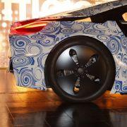 Der Hybridsportler soll 0 auf 100 km/h in 4,8 Sekunden spurten.