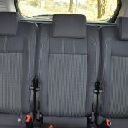 Die im Grand C-Max angepriesene Flexibilität trägt auch der kleine Max in sich. Hinten bietet er drei Leuten Platz ...