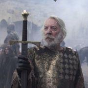 ... die Ländereien des Grafen von Shiring (Donald Sutherland), sondern auch ...