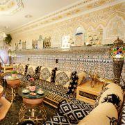 Das Entspannen und Zusammensitzen nach dem Hamam ist jedoch mindestens genauso wichtig. In Ruheräumen kann sich der Körper regenerieren, Besucher knüpfen leicht soziale Kontakte.