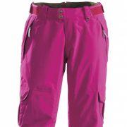 In kräftigem Pink schickt The North Face die Damen in dieser Saison auf die Piste. Mit einer tollen roten Jacke kombinieren Sie diese Hose ungewöhnlich und doch absolut im Trend.