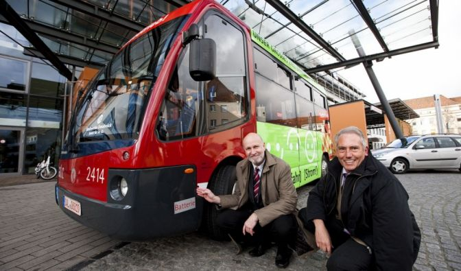 Nach Rom und Bologna surren die Elektrobusse jetzt auch durch Osnabrück.