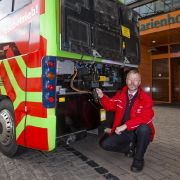 Mit 40 PS und maximal 22 Passagieren geht der Bus auf Tour.