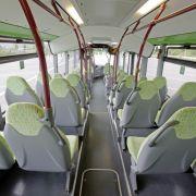 Ruckfrei geht's durch Osnabrück: Nach einer kurzen Testphase soll entschieden werden, ob der Batteriebus 2011 im Liniendienst fahren darf.