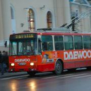Noch heute sind in einigen deutschen Städten und vor allem in Osteuropa elektrische Trolleybusse im Einsatz, wie hier in Litauen.