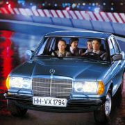 Die Limousine trat Mitte der 1970er Jahre ein schweres Erbe an.