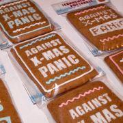 Gib dem Stress keine Chance: Wenn schon Lebkuchen dann wenigstens stylisch. Hier also, der etwas andere Wunsch zum Fest: Keine Panik vor dem Weihnachtsfest.