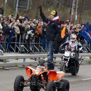 Vettel auf dem Quad.