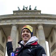 Ein Weltmeister vor dem Brandenburger Tor: Sebastian Vettel.