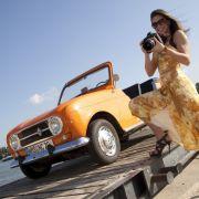 Cabriolets erinnern an schöne Frauen - der Plein Air von von Renault lockte 1969 schon Miss Germany Marlene Schmidt und noch heute ist er ein Hingucker.