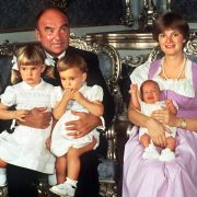 Gloria von Thurn und Taxis mit ihrer Familie