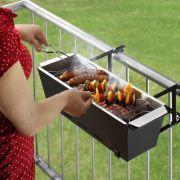 Witzige Gadgets wie diesen Balkongrill gibt es auch für Grillmeister. Hier geht es zu den heißen Spielereien der Woche.