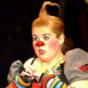 2004 trat Maite Kelly als Clown zur Premiere von Circus Roncalli and the Kelly Family auf. Mit dem Circus Roncalli gingen die singenden Geschwister auf Tour.