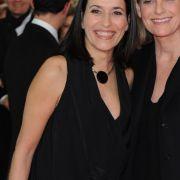 Zwei Medienfrauen, die zu ihrer Liebe stehen:Anne Will und Miriam Meckel gaben 2007 ihre Liebe bekannt. Ja, wir sind ein Paar, sagte Will damals bei einer Gala in Berlin. Aber wir möchten unser Privatleben privat halten.