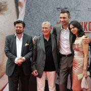 Der Klitschko-Clan (von links): Regisseur Sebastian Dehnhardt, Trainer Fritz Sdunek, Vitali Klitschko und seine Frau Natalia