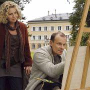Der legendäre Einarmige: Kriminalhauptkommissar Jürgen Tauber (Edgar Selge, rechts) löste bis 2009 seine Fälle mit Kollegin Jo Obermaier (Michaela May) in München.