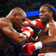 Mike Tyson vs. Lennox Lewis, 8. Juni 2002 in Memphis (USA)