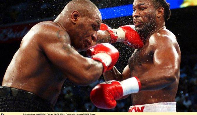 Mike Tyson vs. Lennox Lewis, 8. Juni 2002 in Memphis (USA)