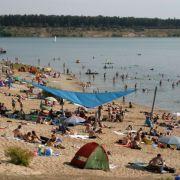 Rund 900 Meter feiner Sand machen das Strandgefühl perfekt. Sport- und Freizeitmöglichkeiten gibt es ebenfalls zur Genüge.