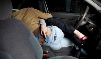 Sex im Auto (Foto)