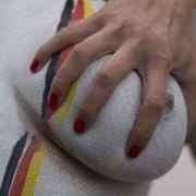 Eklig: Die Skopzen, eine ehemalige Glaubensgemeinschaft aus Russland, schnitten sich Brüste und Geschlechtsteile ab.