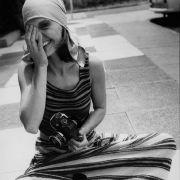 Diese Aufnahme ist bei einem Fotoshooting für die Zeitschrift Modische Maschen entstanden.