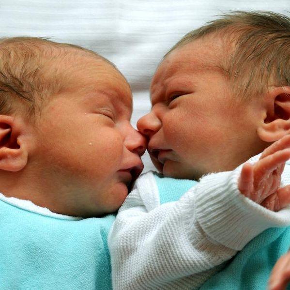 Wie geht das denn? Zwillinge haben zwei Väter (Foto)
