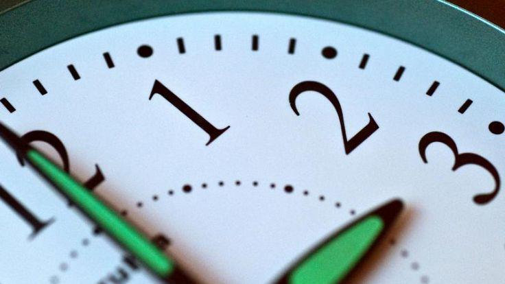 Die geschenkte Stunde: Was man damit anfangen kann (Foto)