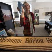 Bis November 2011 hat der Alpenverein gebraucht, seine braungetränkte Geschichte aufzuarbeiten. Nun liegt das 600-seitige Werk vor, das von einer Ausstellung in München begleitet wird.