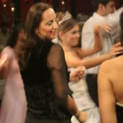 Bei einer türkischen Hochzeit wird exzessiv und fulminant gefeiert.