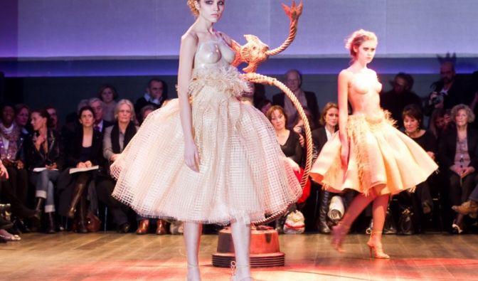 Interessante Idee, aber wohl kaum massentauglich: Beim französischen Modeschöpfer Franck Sorbier ...