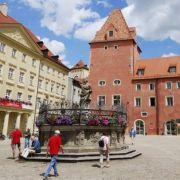 Regensburg. Unesco-Welterbe hin oder her, beim Focus-Ranking kam die Stadt in Bayern nicht gut weg. Letzter Platz 81 in Sachen Lebensqualität, hinter Zwickau und Aachen.