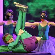 Gestatten: Mr. Methane, von Beruf Kunstfurzer. Der Mittvierziger aus Macclesfield in Großbritanien hat die seltene «Gabe», im Takt von Musik furzen zu können. 2009 schaffte er es damit sogar ins Vorfinale des Supertalents.