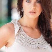 Miss Sachsen-Anhalt heißt in diesem Jahr Jenny Edner. Sie ist 21 Jahre alt und zu ihren Hobbys zählen Tanzen, Schwimmen, Volleyball und Pokern. Ob sie auch bei der Misswahl alle abzockt?