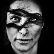 Den 1. Preis in der Kategorie Porträtfoto gewann Laerke Posselt aus Dänemark. Das Bild zeigt die iranischstämmige dänische Schauspielerin Mellica Mehraban.