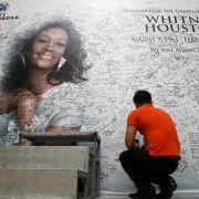 «Wir werden dich immer lieben»: Fans auf der ganzen Welt trauern um Whitney Houston.