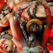 Der Karneval in Rio de Janeiro gilt als der größte der Welt. Mehrere Millionen Menschen verfolgten die Show.